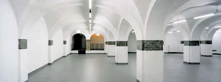 Untergrundprüfung- und vorbereitung im Innenbereich
